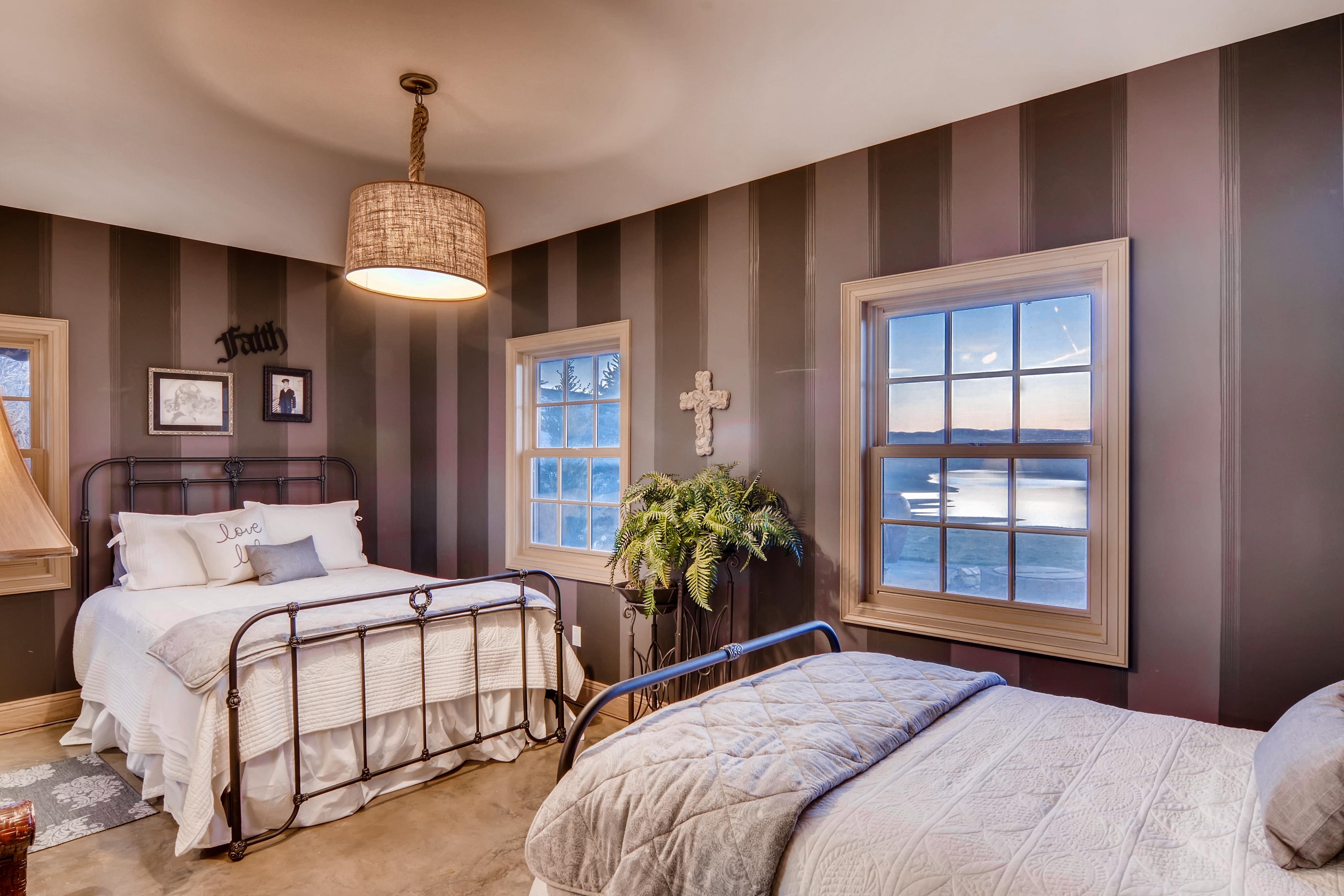 31595 Shoshone-print-006-16- Bedroom 3-4200x2801-300dpi